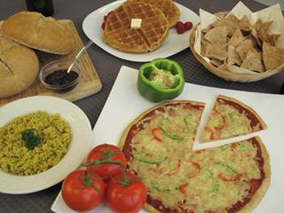 gâteaux secs, gaufres, croustilles, pilaf, pâtes à pizza d'orge