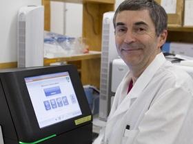 Dr. André Levesque
